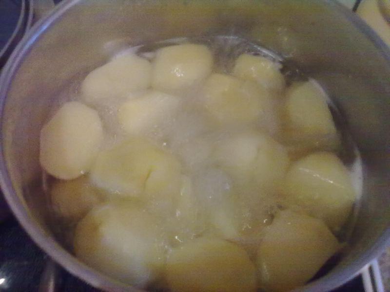 Schab w sosie z ziemniakami