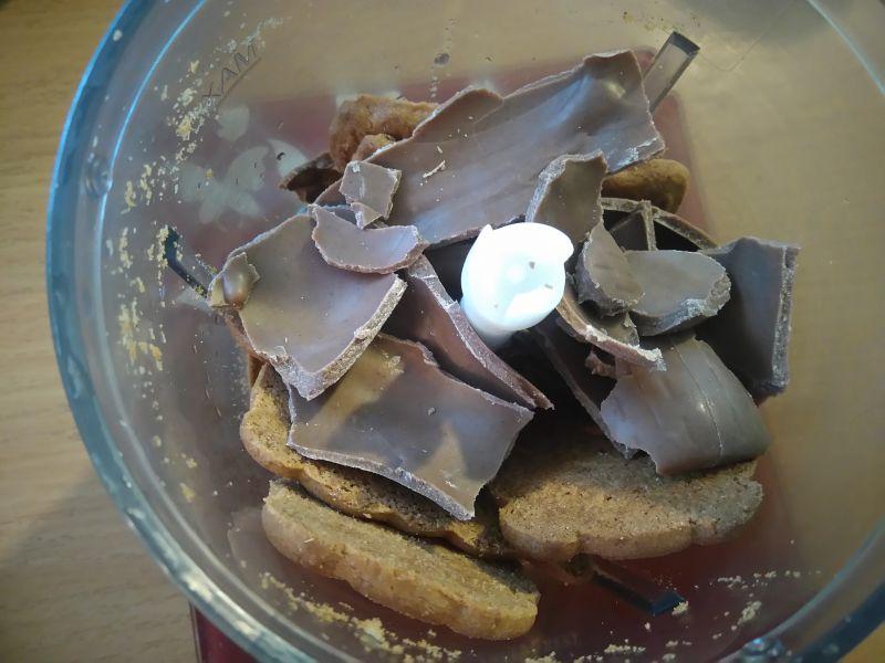 Sernik ciasteczkowo-kawowy