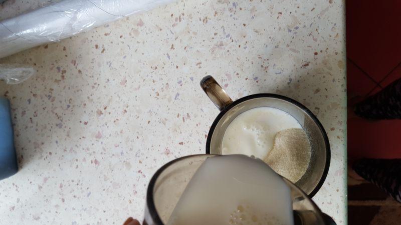 Sernik mleczny z kolorową galaretką
