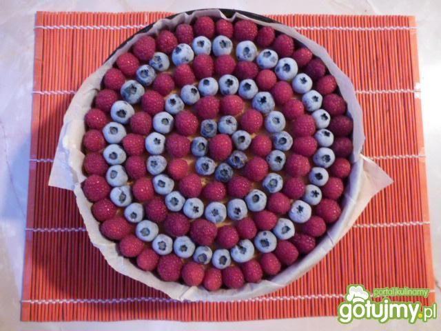 Sernik na zimno z galaretką i owocami