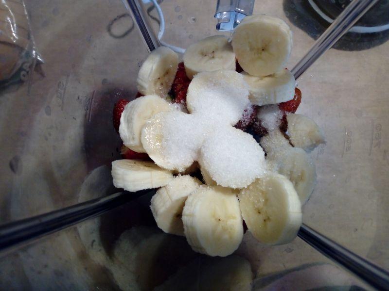 Shake truskawkowo - bananowy