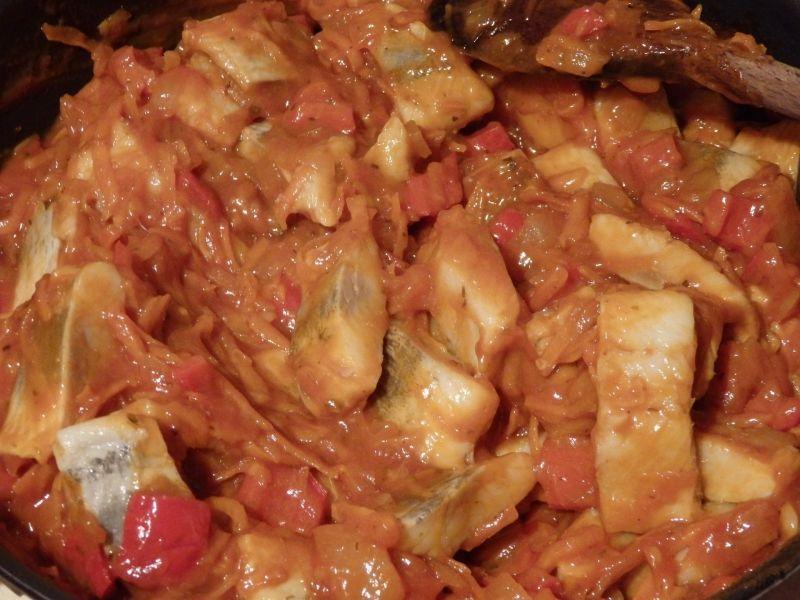 Śledzie w sosie salsa