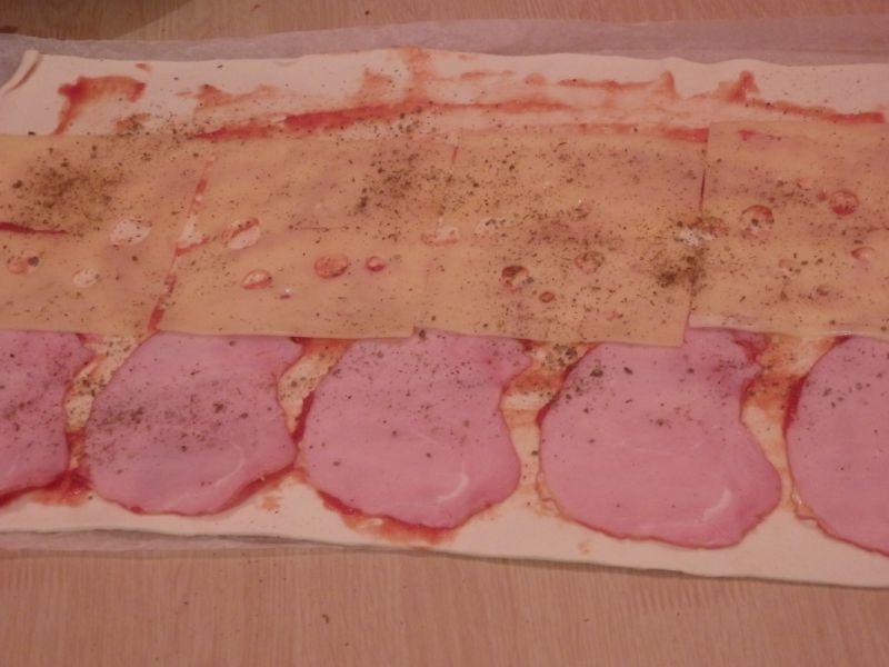 Ślimaczki z serem i szynką