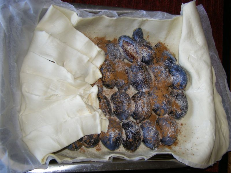 Śliwki z cynamonem i słonecznikiem