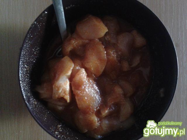 Słodko - kwaśna sałatka obiadowa
