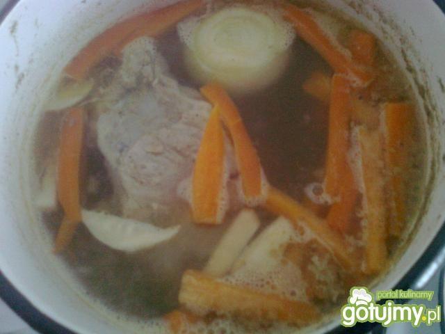 Śmietanowo-pomidorowa zupa jarzynowa