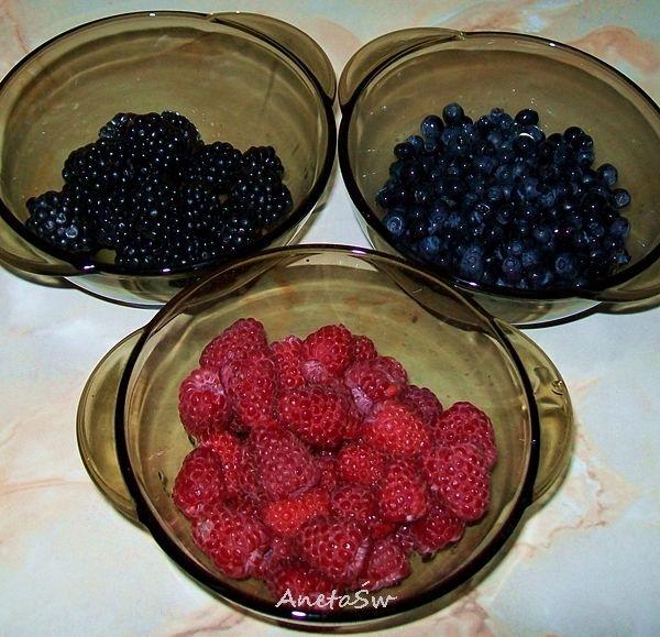 Smoothie z owoców leśnych