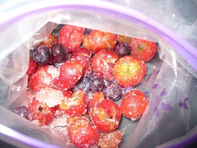 Śniadanie z płatkami owsianymi i owocami