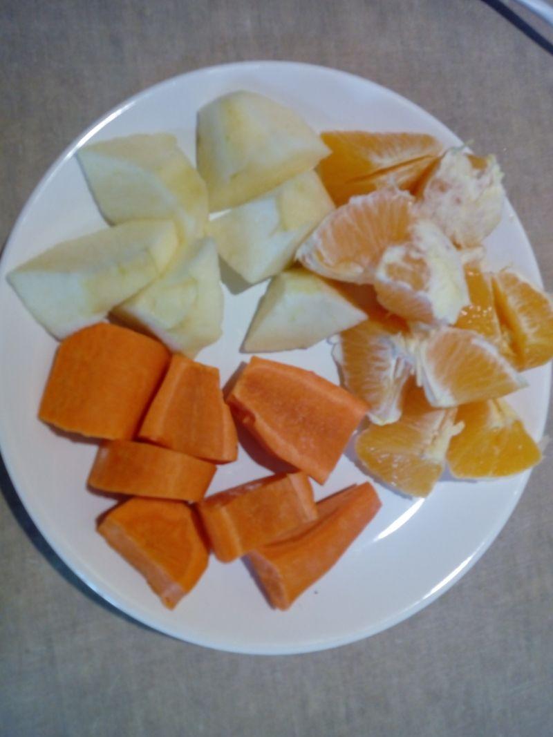 Sok marchewkowo-owocowy