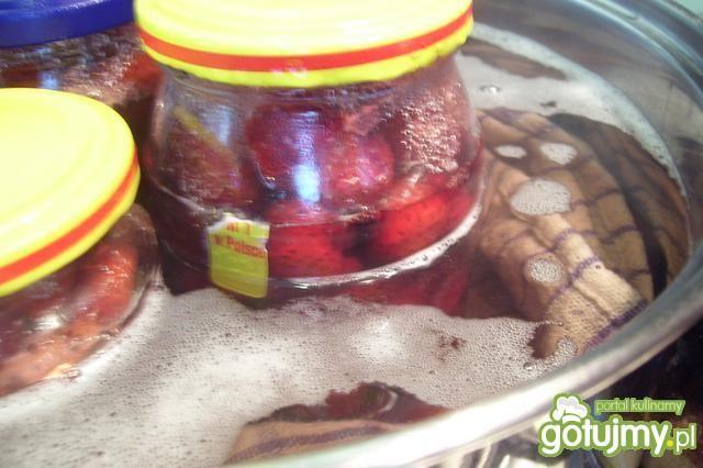 Sok truskawkowy z miętą.