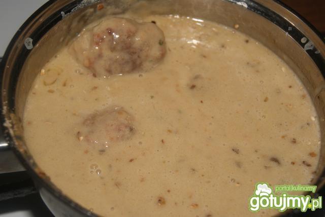 Sos borowikowy z zupki i mielone