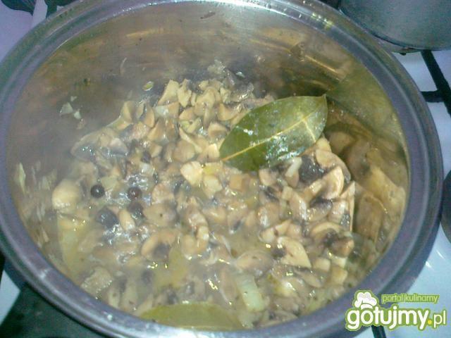 Sos pieczarkowy z curry