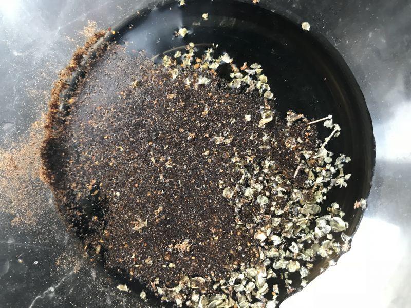 Stek z ligawy na puree z groszku