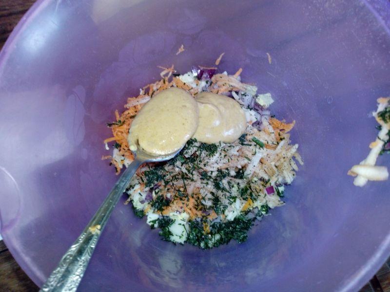 Surówka obiadowa w sosie musztardowym