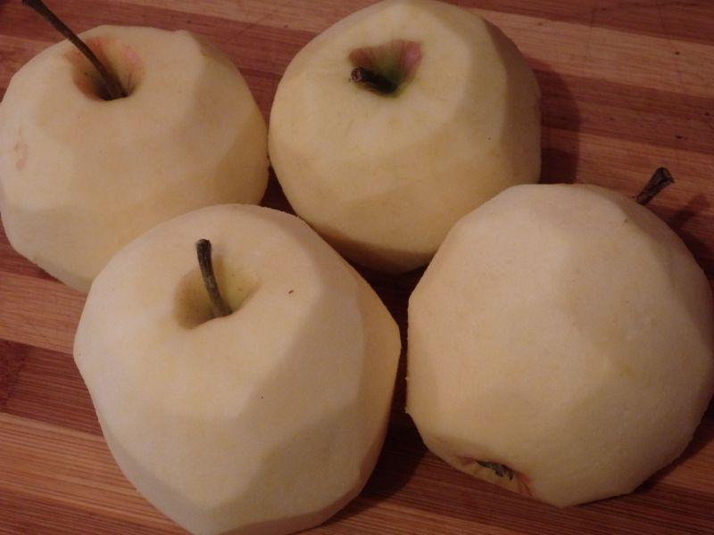 Surówka z czerwonej kapusty z marchewką i jabłkiem