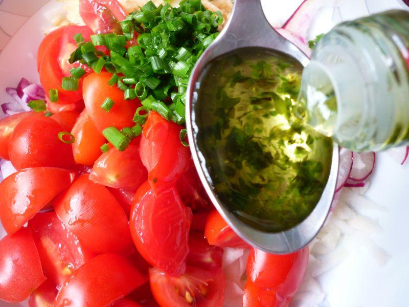 Surówka z kalarepy i pomidorów