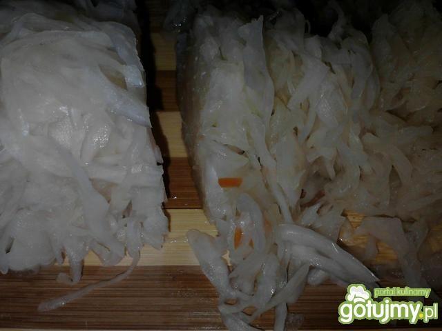 Surówka z kapusty kiszonej 10