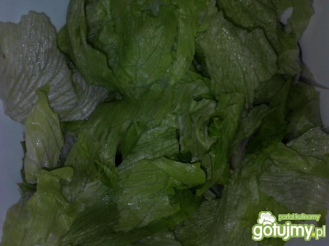 Surówka z kiełkami brokułów