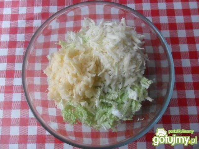 Surówka z selera i kapusty pekińskiej
