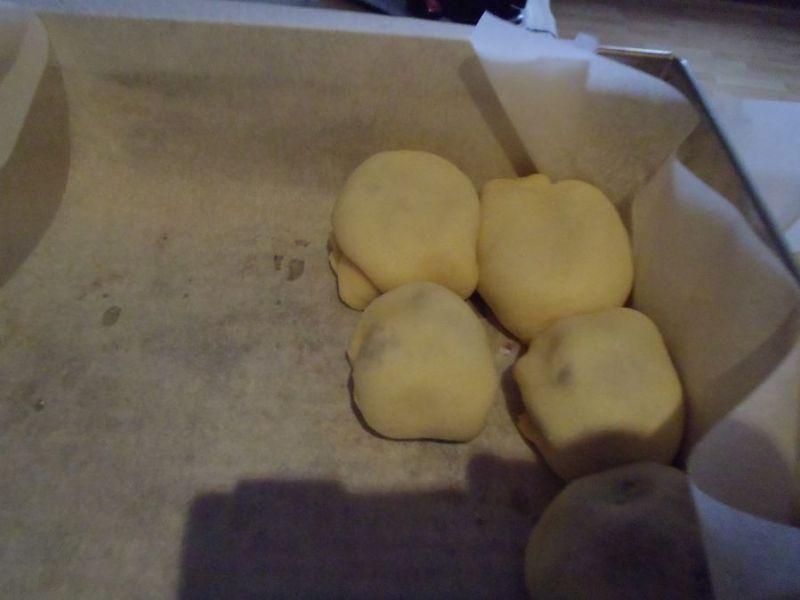 Świąteczne bułeczki drożdżowe z masą makową