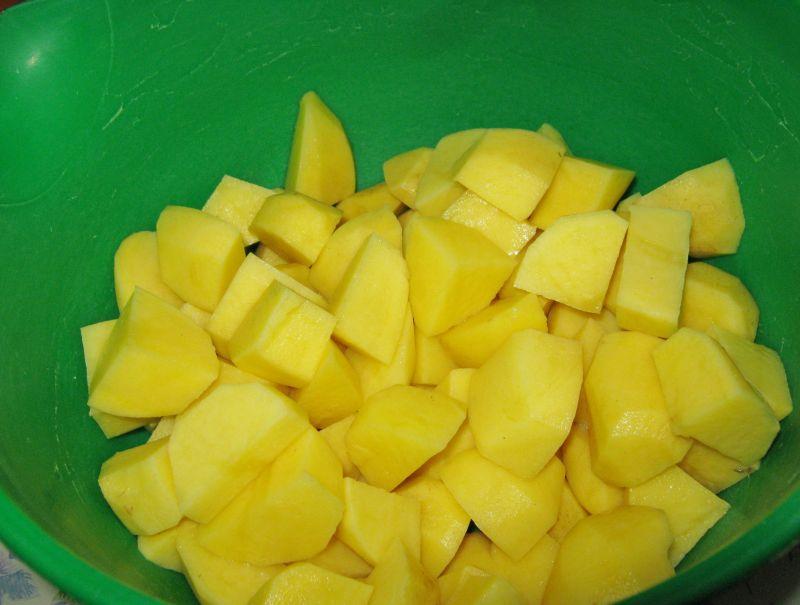 Szczawiowa z ziemniakami