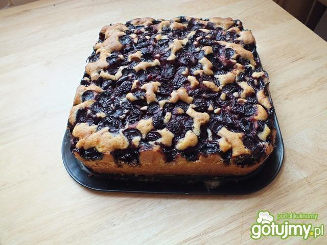Szybkie ciasto z czereśniami