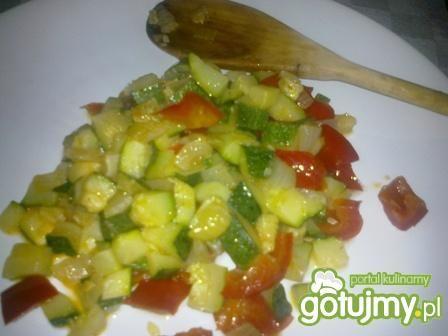 Tagliatelle z warzywami.