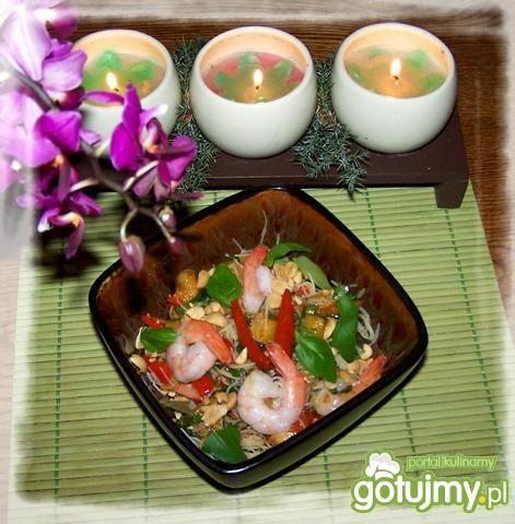 Tajska sałatka krewetkowa