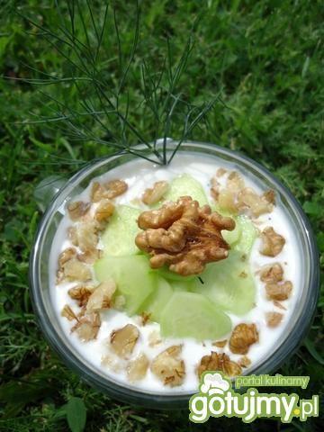Tarator - bułgarski chłodnik z ogórków