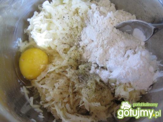 Tarta kartoflana z kurkami w śmietanie