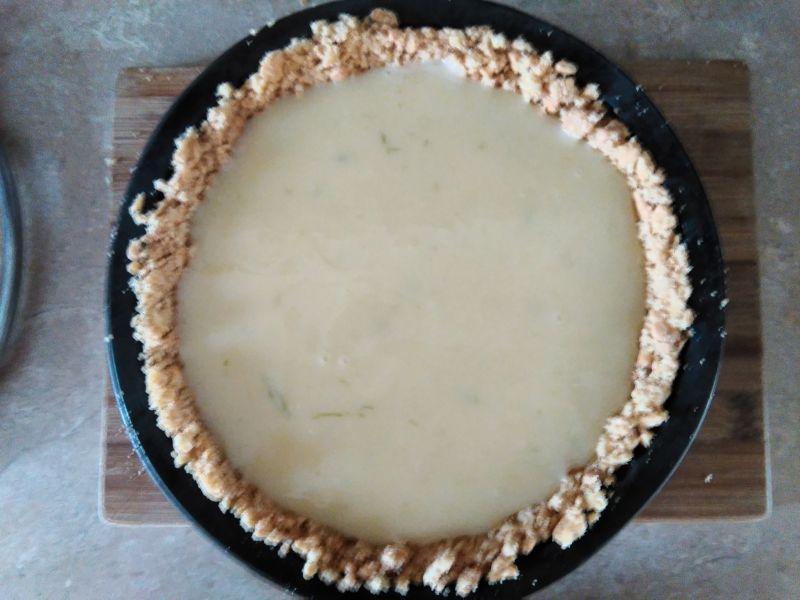 Tarta limonkowa z białą czekoladą