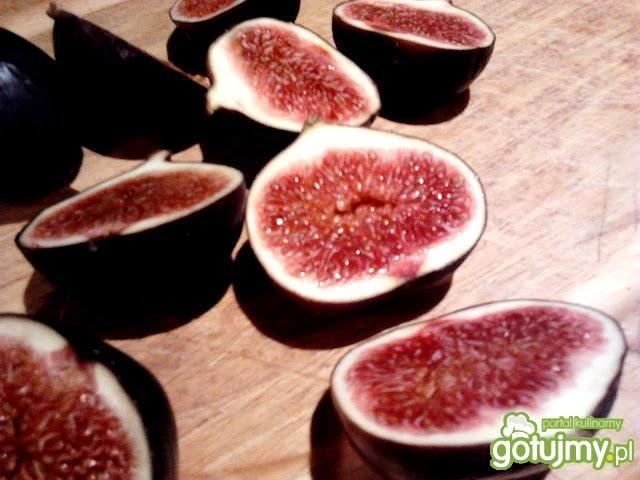 Tarta serowa z figami