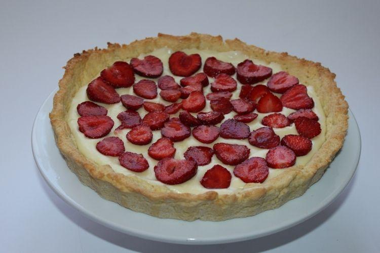 Tarta z truskawkami i serkiem mascarpone