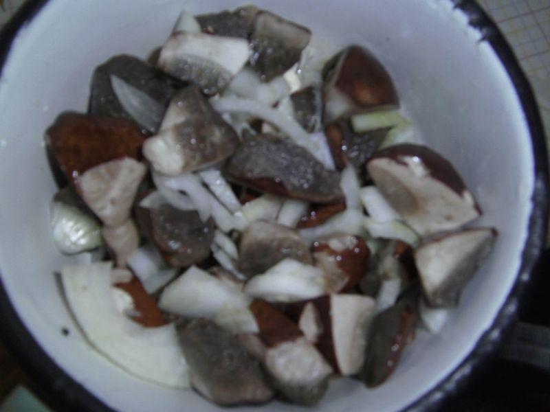 Tartaletki z grzybami leśnymi