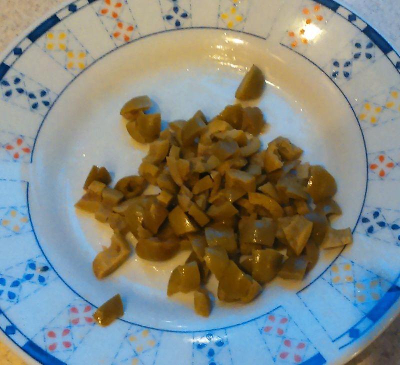 Tartinki z ogórka z łososiem