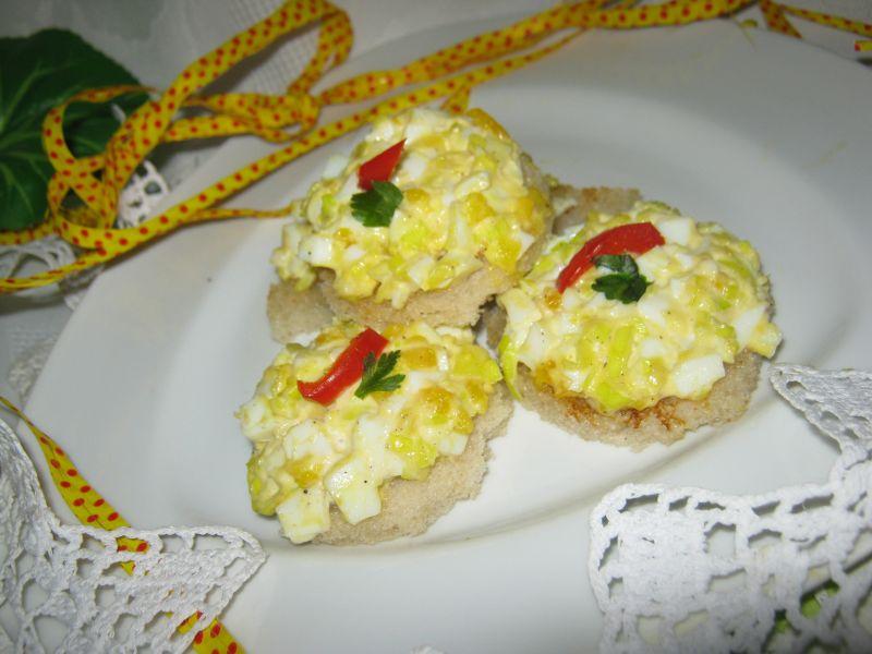 Tartinki z pastą jajeczną
