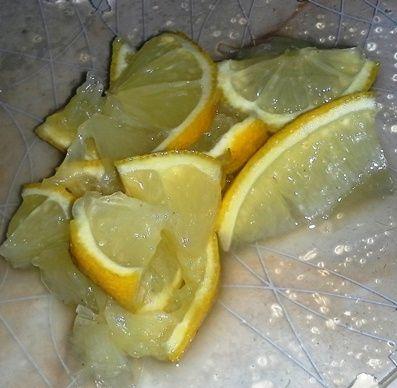 Tilapia duszona z cytryną