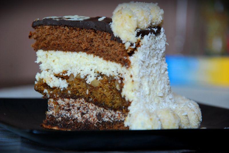 Tort bakaliowa straciatella