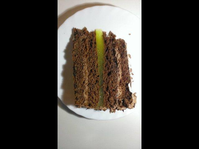 Tort czekoladowo - gruszkowy