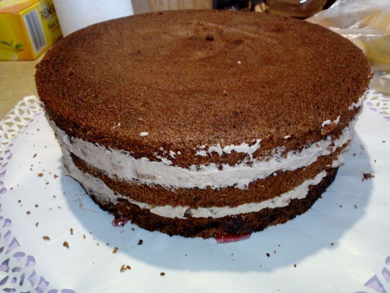 Tort czekoladowo - orzechowy