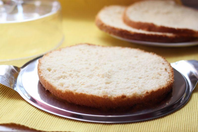Tort jabłkowo -śmietanowy