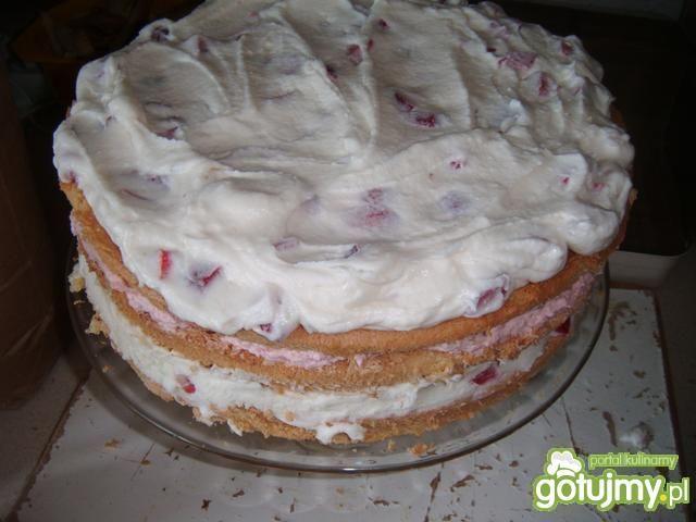 Tort - truskawkowy