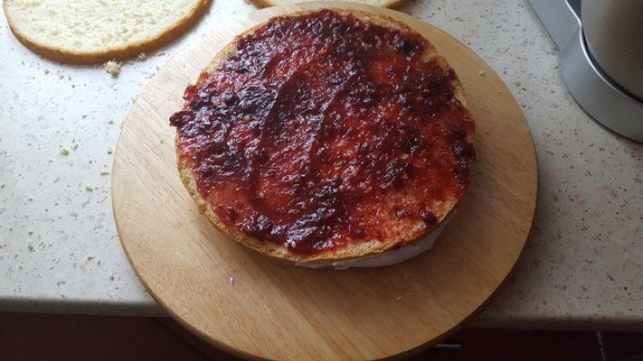 Tort ze śmietany i mascarpone