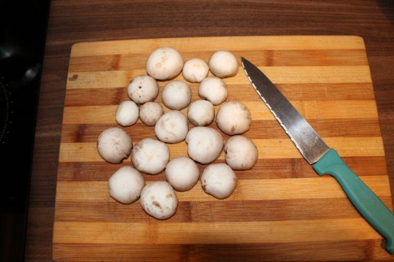 Tortellini z sosem pieczarkowym