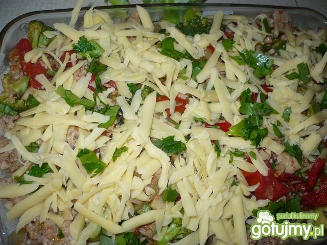 Tortellini zapiekane z mięsem i warzywam