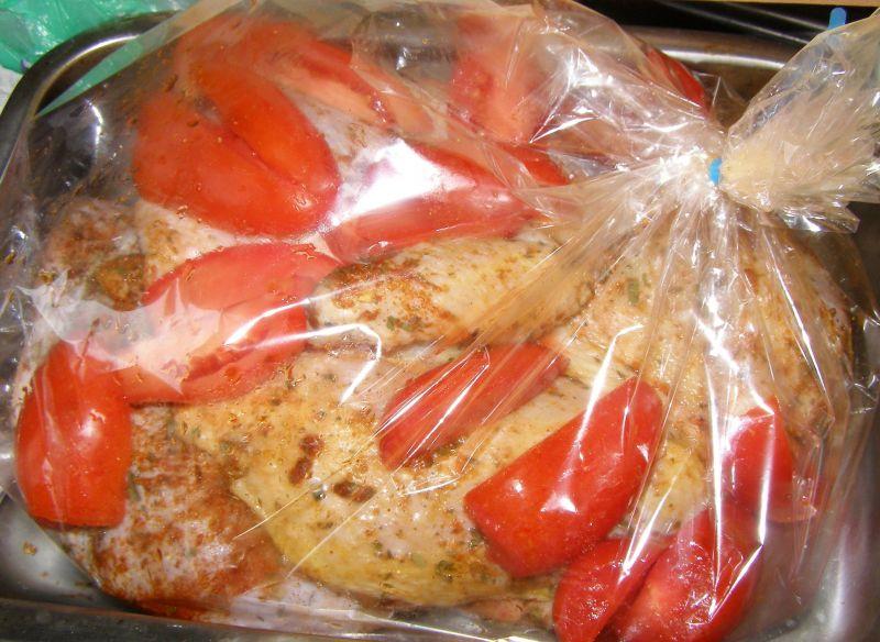 Udka kurczaka w pomidorach z rękawa