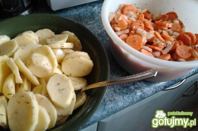 Udka z kurczaka na warzywach
