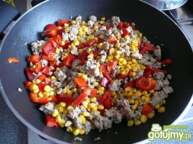 Warzywka w sosie podane na ryżu