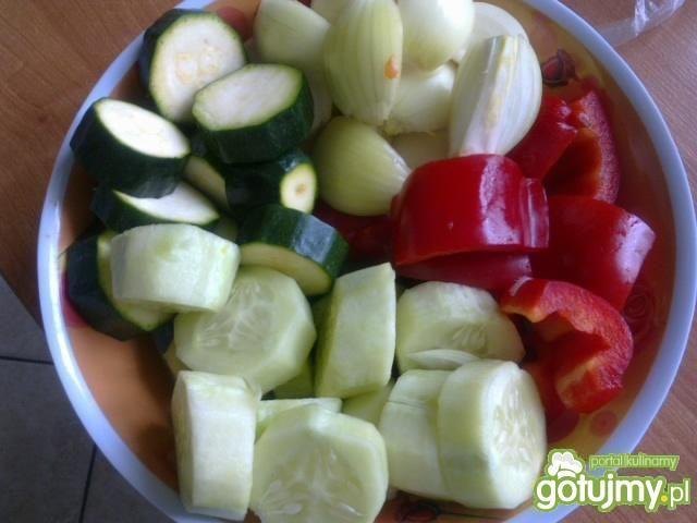 Warzywna sałatka prosto z grilla