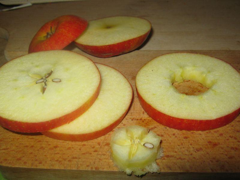Wątróbka na karmelizowanym jabłku